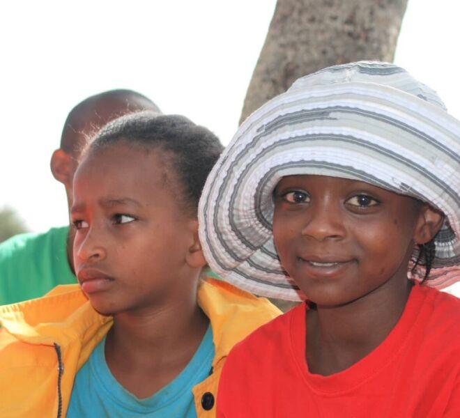 Foto 2 - DSC_0438 Bethy con Tesfanesh